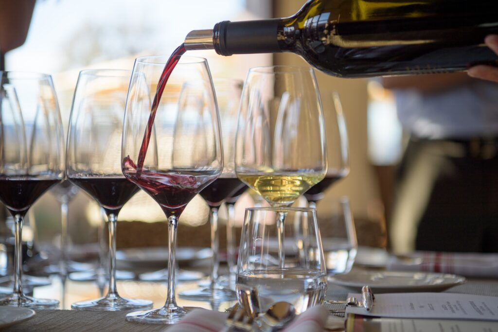 Events & Experiences in Miami -Wine Tasting Al Fresco